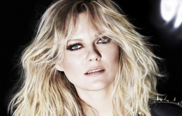 kirsten-dunst-l-oreal-professionnel-2014-campaign_1_588x375_acf_cropped-1